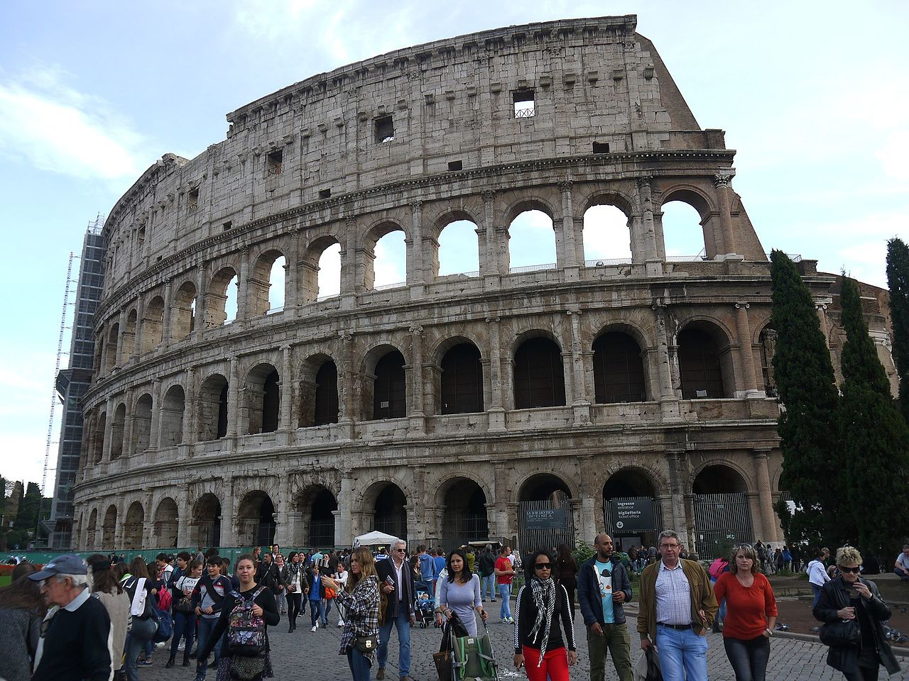Coloseum photo by krysi@